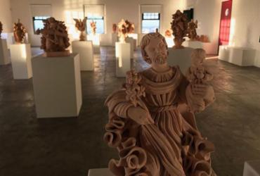 Artistas de Maragogipinho expõem suas obras em Salvador