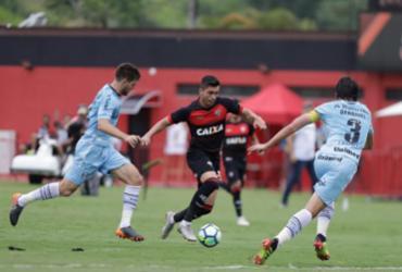 Vitória é rebaixado após Chapecoense empatar com o Corinthians   Tiago Caldas   Ag. A TARDE
