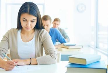 Estudante poderá escolher área de avaliação no 2º dia do Enem a partir de 2021 | Divulgação | Freepik