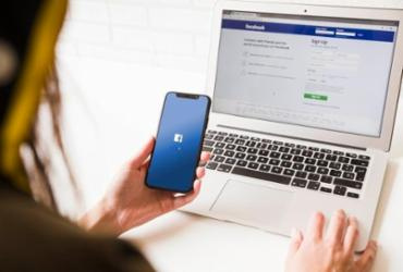 Em relatório, Facebook revela que removeu 1,5 bilhões de contas falsas em seis meses   Divulgação   Freepik