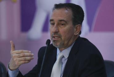 Ministro propõe que médicos oriundos do Fies substituam cubanos | José Cruz l Agência Brasil