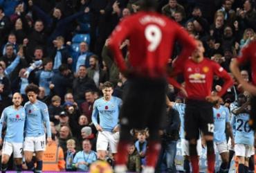 Líder na Inglaterra, Manchester City vence Manchester United por 3 a 1 | AFP