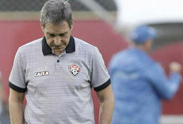 Técnico Carpegiani é demitido do Vitória antes do Ba-Vi de domingo   Adilton Venegeroles   Ag. A TARDE
