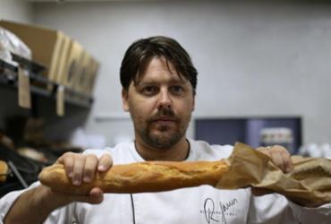 """Conheça Richard James, o """"gringo dos pães"""", principal fornecedor das hamburguerias de Salvador"""