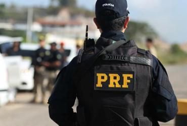 PRF publica edital de concurso com 500 vagas e salário de R$ 9.473,57   Joá Souza   Ag. A TARDE   11.10.2018