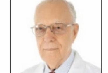 Morre aos 98 anos, o professor e médico dermatologista, Newton Guimarães | Divulgação