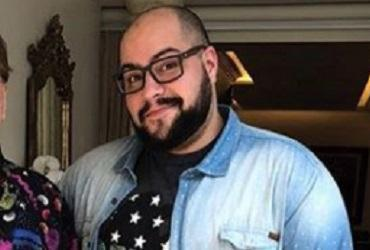 A foto foi tirada após o dono do SBT topar ser modelo da linha de pijamas de Tiago, que é empresário e jornalista - Reprodução | Instagram