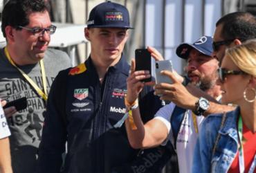 Após irritação no Brasil, Verstappen prevê GP de Abu Dabi 'mais relaxado'   Nelson Almeida l AFP