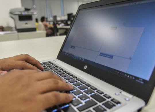 Resolução amplia possibilidades para atendimento psicológico online   Agência Brasil