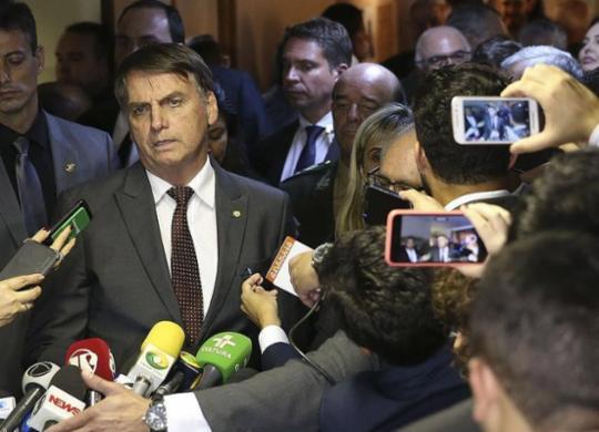 Bolsonaro diz que vai manter Trabalho com status de ministério   Valter Campanato l Agência Brasil