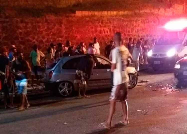 Colisão frontal ocorreu por volta das 21h, na avenida Elmo Cerejo de Farias, - Foto: Reprodução | Site Mapele News