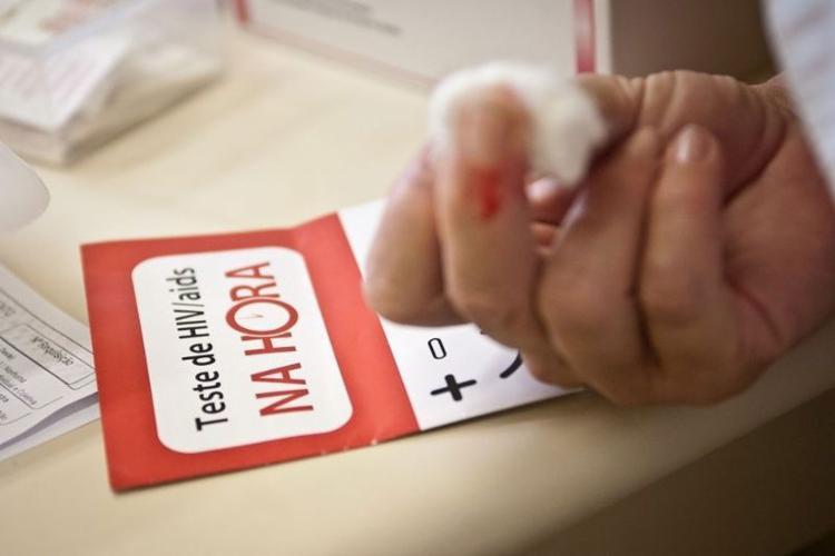 O boletim também aponta redução significativa da transmissão vertical do HIV – quando o bebê é infectado durante a gestação – entre 2007 e 2017 - Foto: Agência Brasil l Arquivo