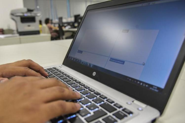 O atendimento online é vedado em algumas situações, como quando o paciente estiver em situação de violência ou de violação de direitos - Foto: Agência Brasil