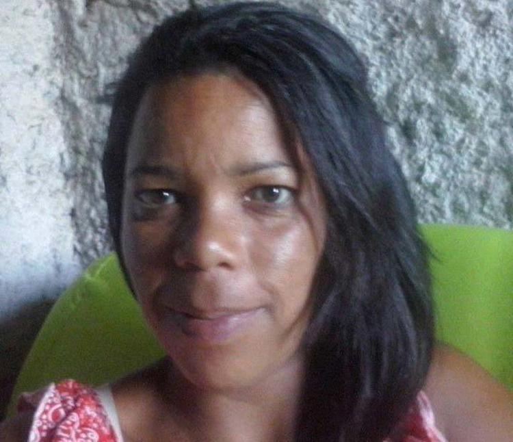 Bulaxa de Souza foi morta após ser atingida no bairro Daniel Gomes, em Itabuna - Foto: Reprodução | Plantão Itabuna