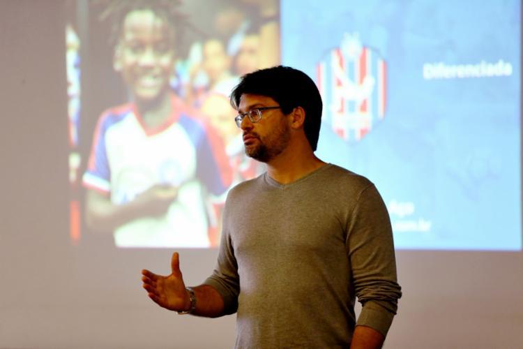 Bellintani apresentou nesta terça, 27, o 'Talentos de Aço', novo projeto de escolinhas do clube - Foto: Felipe Oliveira l EC Bahia