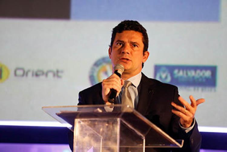 O juiz federal Sérgio Moro, responsável pela Operação Lava Jato em Curitiba, foi indicado futuro ministro da Justiça no governo de Jair Bolsonaro - Foto: Raul Spinassé | Ag. A Tarde