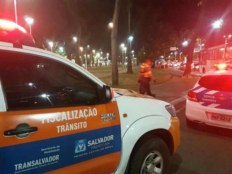Faixas comunicando sobre as mudanças foram instaladas na região - Foto: Divulgação | Transalvador