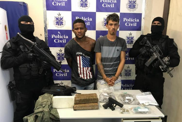 Caile Gomes Santos e Mateus Souza da Silva foram presos em flagrante - Foto: Divulgação | SSP-BA