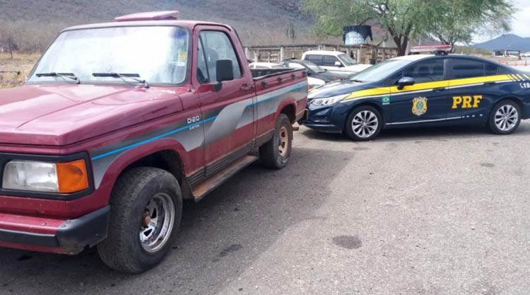 O veículo foi encontrado durante uma fiscalização no km 677, da BR-116 - Foto: Divulgação | PRF