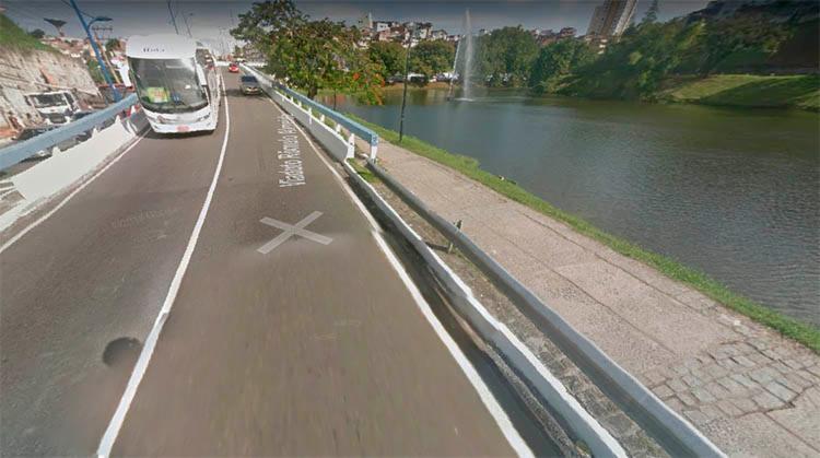 O acidente ocorreu no viaduto que liga o bairro dos Barris ao Dique do Tororó - Foto: Reprodução | Google Maps