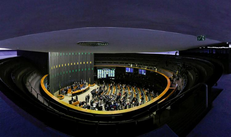 Relatado pela senadora Lídice da Mata (PSB-BA), o texto foi aprovado ontem na Comissão de Constituição, Justiça e Cidadania - Foto: Marcos Oliveira | Agência Senado