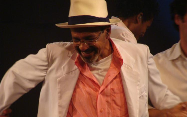 Artista resgata a irreverência que o sambista apresentava em suas interpretações, através dos sambas-canções criados por Cartola - Foto: Divulgação