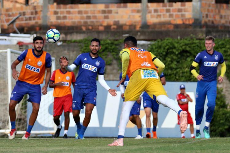 O técnico Ederson Moreira não deu indícios de quais serão os titulares - Foto: Felipe Oliveira | EC Bahia
