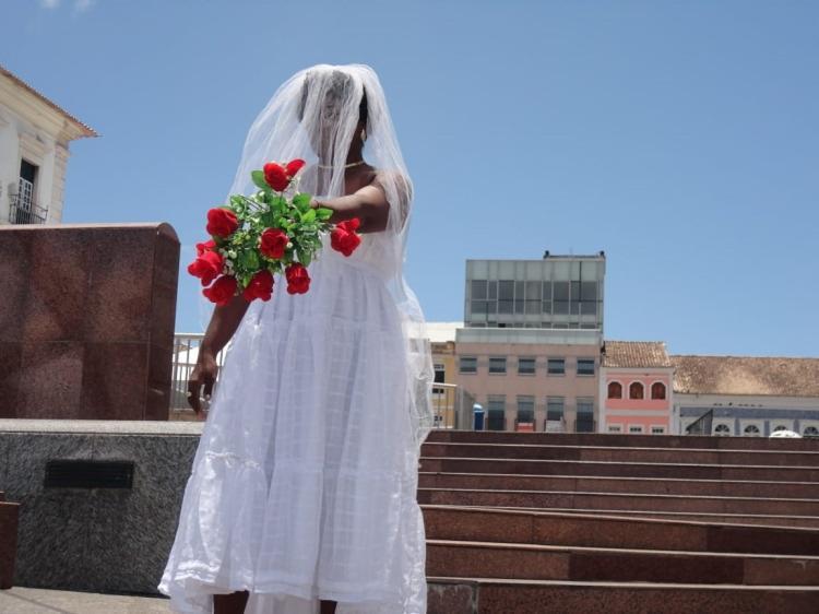 A peça aborda discussões entre o imaginário e o real, a condição da mulher no mundo, entre outros. - Foto: Divulgação