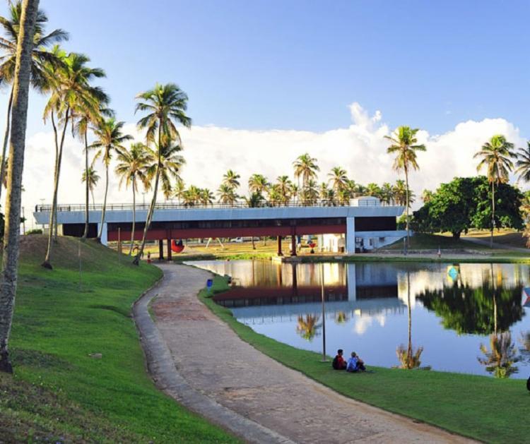 O Parque de Pituaçu é perfeito para quem curte uma programação ao ar livre