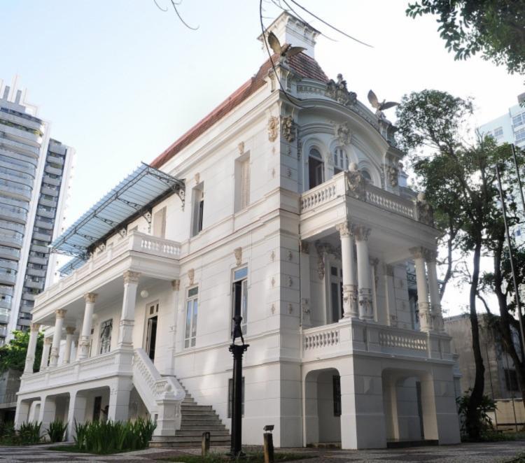A construção do museu foi inspirada em palacetes franceses e ingleses