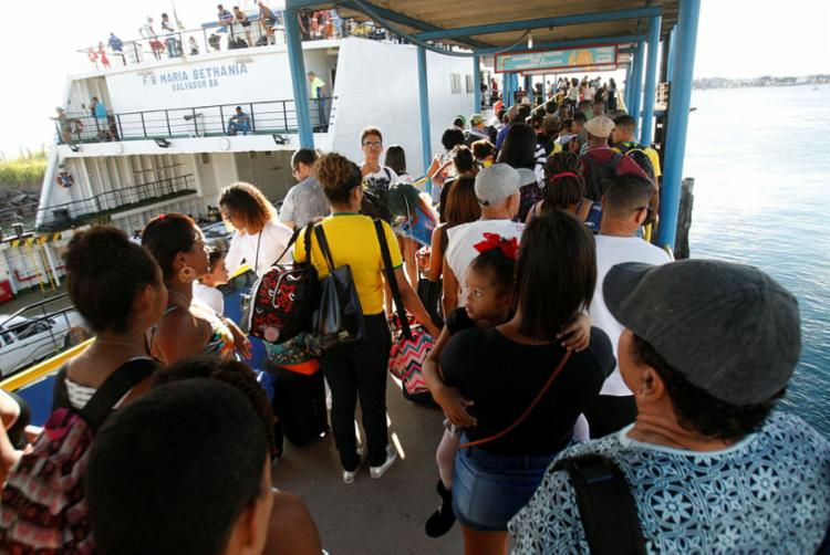 Sistema ferryboat vai funcionar sem interrupção de quarta para quinta