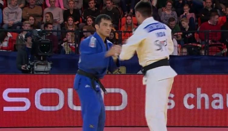 O brasileiro Eduardo Barbosa disputou bronze, mas terminou em quinto lugar - Foto: Divulgação l CBJ