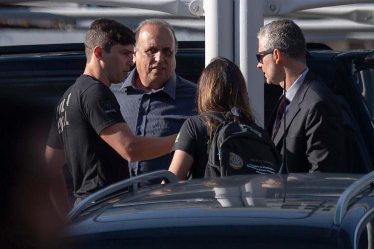 Pezão foi preso na manhã desta quinta, 29, na sede do governo fluminense - Foto: Mauro Pimentel | AFP
