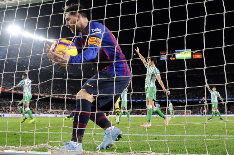O argentino marcou duas vezes, mas não conseguiu evitar a derrota - Foto: Josep Lago | AFP