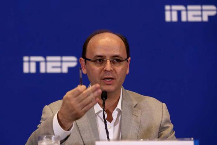 O ministro Rossieli Soares avalia segundo dia de provas do Enem 2018