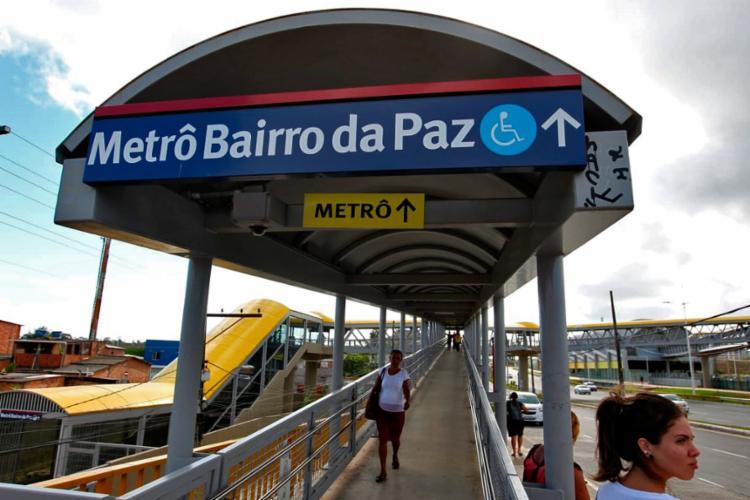 A passarela da Estação Bairro da Paz tem capacidade para receber um fluxo de 9 mil pedestres por hora - Foto: Fernando Vivas | Gov-BA