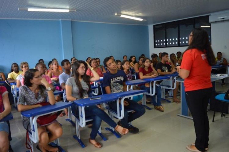 As atividades incluem minicursos, oficinas e palestras sobre carreira e mercado de trabalho - Foto: Divulgação