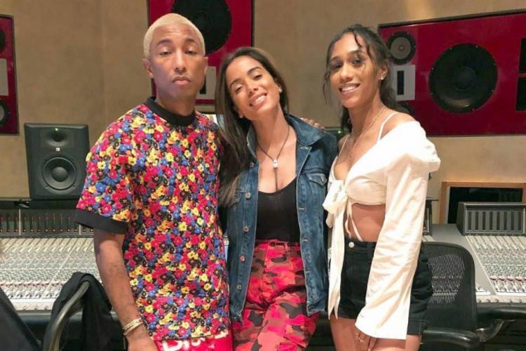 Novo EP de Anitta terá música em inglês do rapper (de camisa floral) - Foto: Reprodução | Instagram