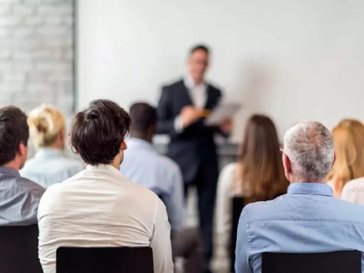 O público terá a chance de aproveitar ainda o painel 'Tendências do Mercado Imobiliário e as expectativas do consumidor' - Foto: Reprodução