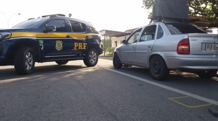 O motorista foi levado à delegacia para investigação - Foto: Divulgação | PRF