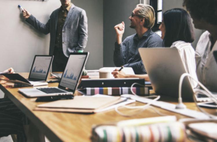 O objetivo do projeto é auxiliar empresários, dando dicas - Foto: Freepik | Divulgação