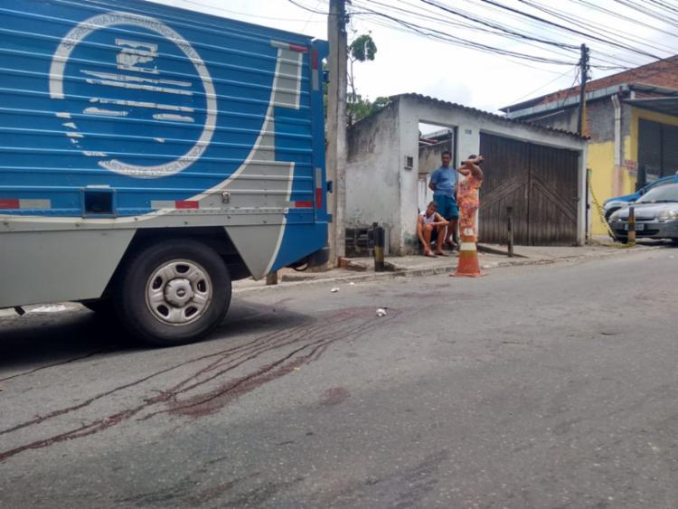 O crime aconteceu na rua Franciscanos, próximo à lanchonete do Rei do Suco - Foto: Andrezza Moura | Ag. A TARDE