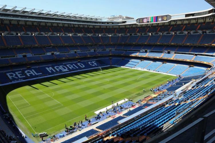 O estádio Santiago Bernabéu, em Madri, será palco da final da Libertadores entre River Plate e Boca Juniors - Foto: Mladen Antonov l AFP