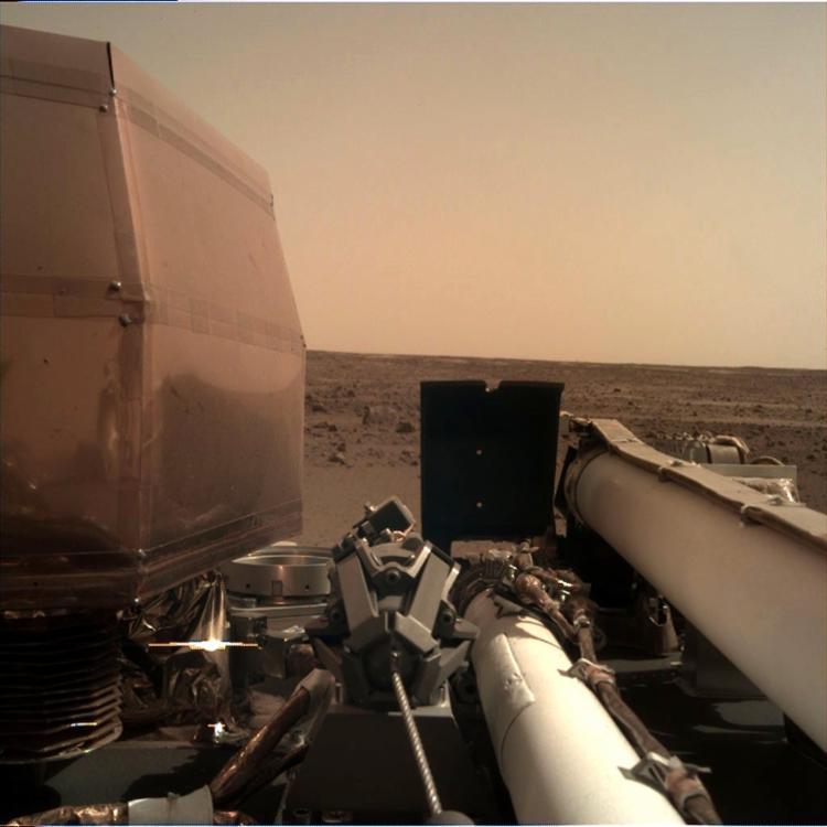 Além da imagem, Nasa confirmou que painéis solares da sonda foram abertas corretamente - Foto: Divulgação | Nasa