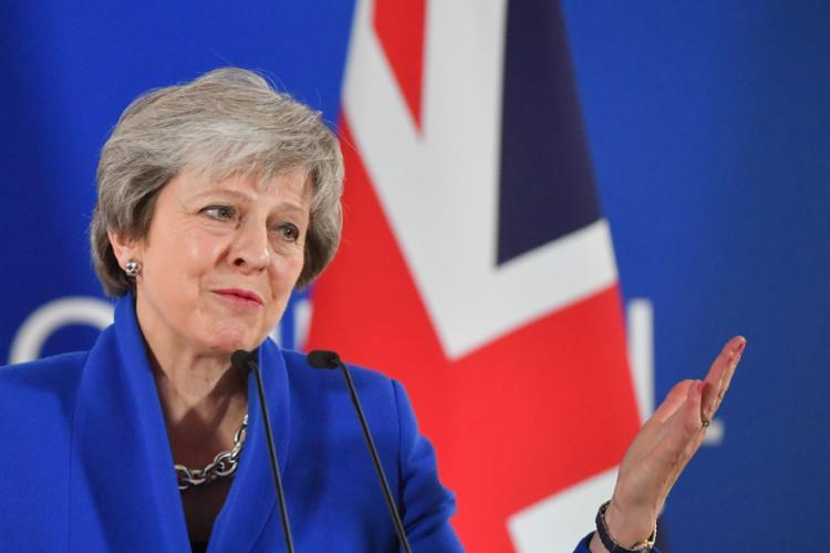 Texto segue para o Parlamento britânico, onde deve ser votado em dezembro - Foto: Emmanuel Dunand l AFP