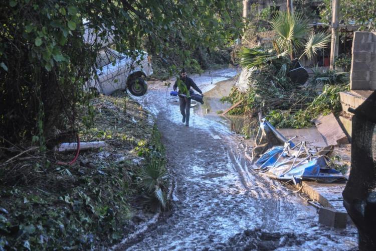 Ventos fortes e as chuvas mataram 20 pessoas esta semana em outras partes do páis - Foto: Alessandro Fucarini | AFP