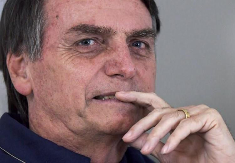"Bolsonaro ""desautoriza"" informações publicadas na mídia sobre CPMF - Foto: CARL DE SOUZA / AFP"
