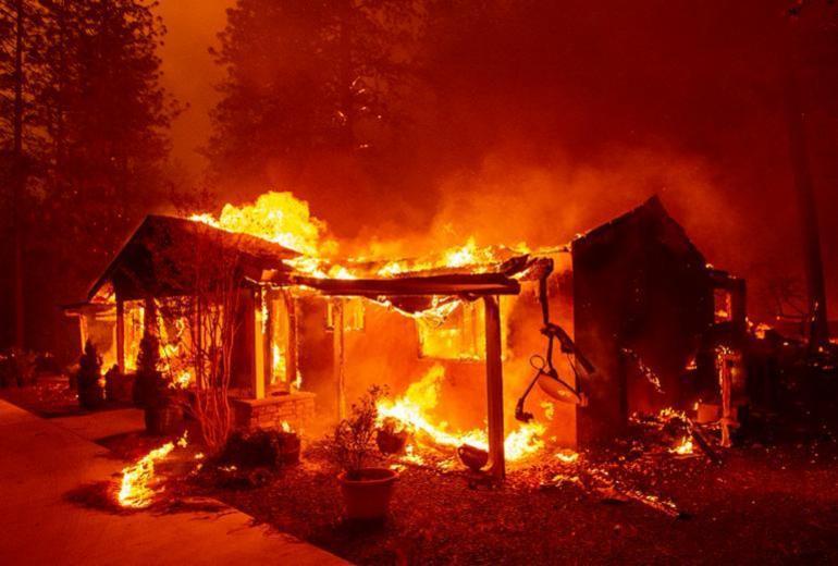 Sobe para 79 número de mortos em incêndio na Califórnia   Josh Edelson   AFP
