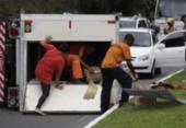 Caminhão baú tomba e causa lentidão | Foto: