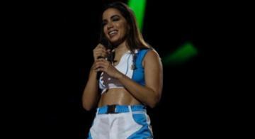 A funkeira Anitta esbanjou sensualidade na primeira noite do Festival de Verão - Tiago Caldas/Ag. A Tarde
